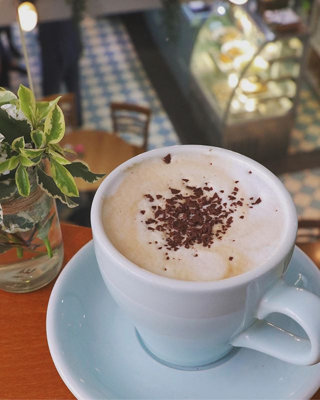 Scotland's Summer calling for Cosy Cappuccinos🤨🤦♀️🌧🌧🌧 . . . . . . . . . . #millyskitchen #visitscotland #coffeeshop #cappuccino #cuparnow