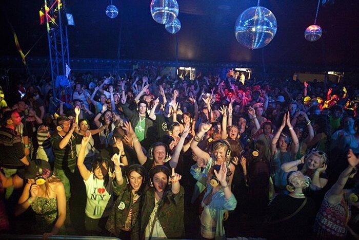 Glastonbury-2011.jpg