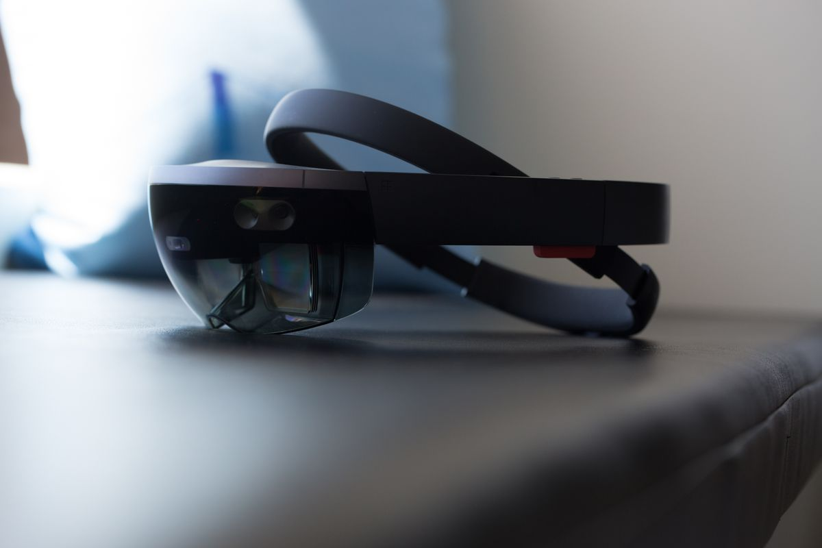 source: Microsoft HoloLens 2 press