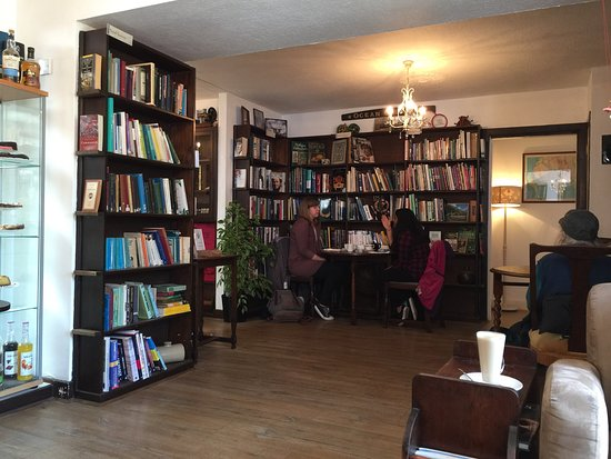 Reading Lasses cafe wigtown galloway.jpg