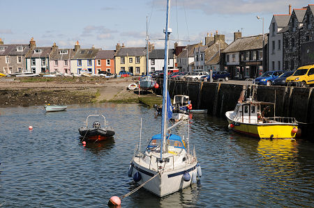 Steam Packet Inn Isle of Whithorn Galloway.jpg