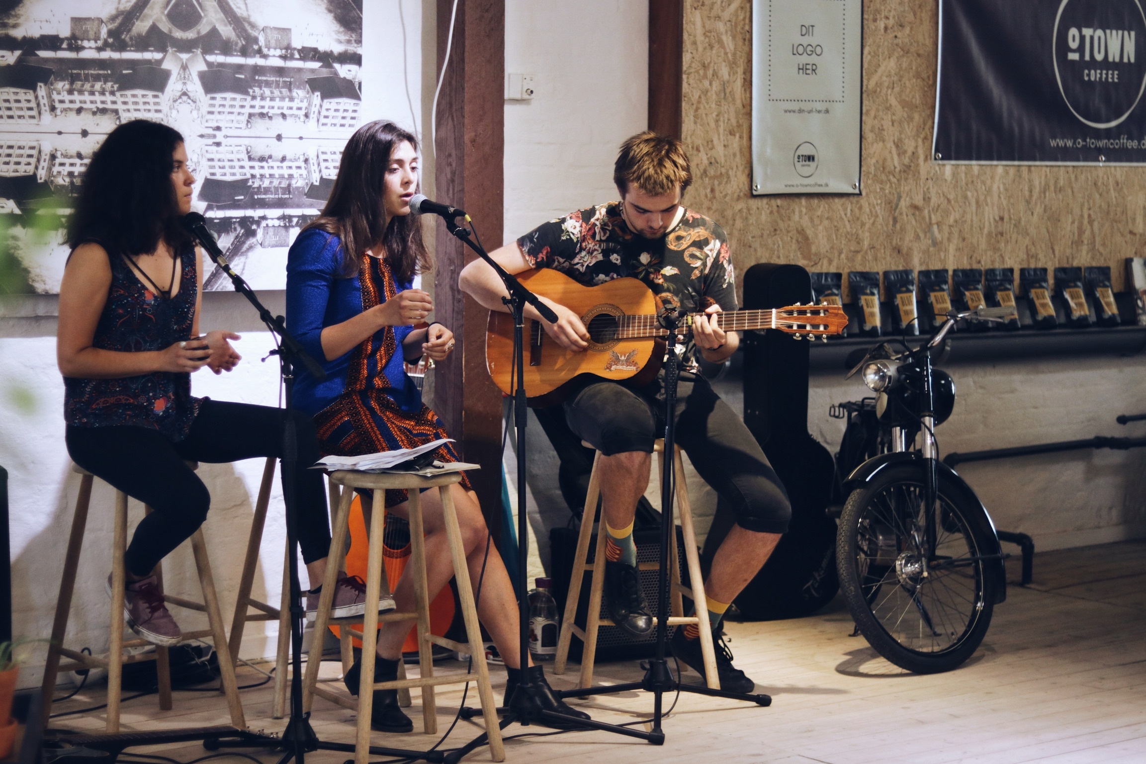 O-Town Coffee - Live musik 4