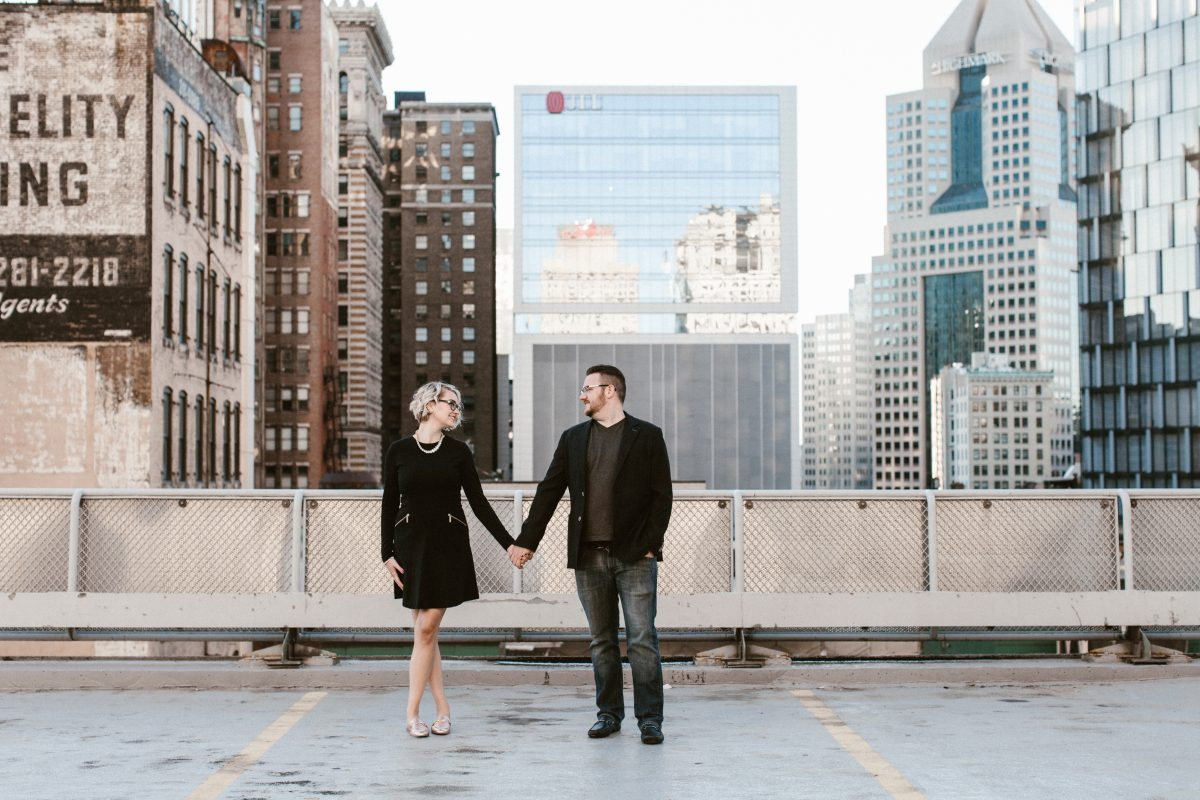 downtown-pittsburgh-engagement-110.jpg