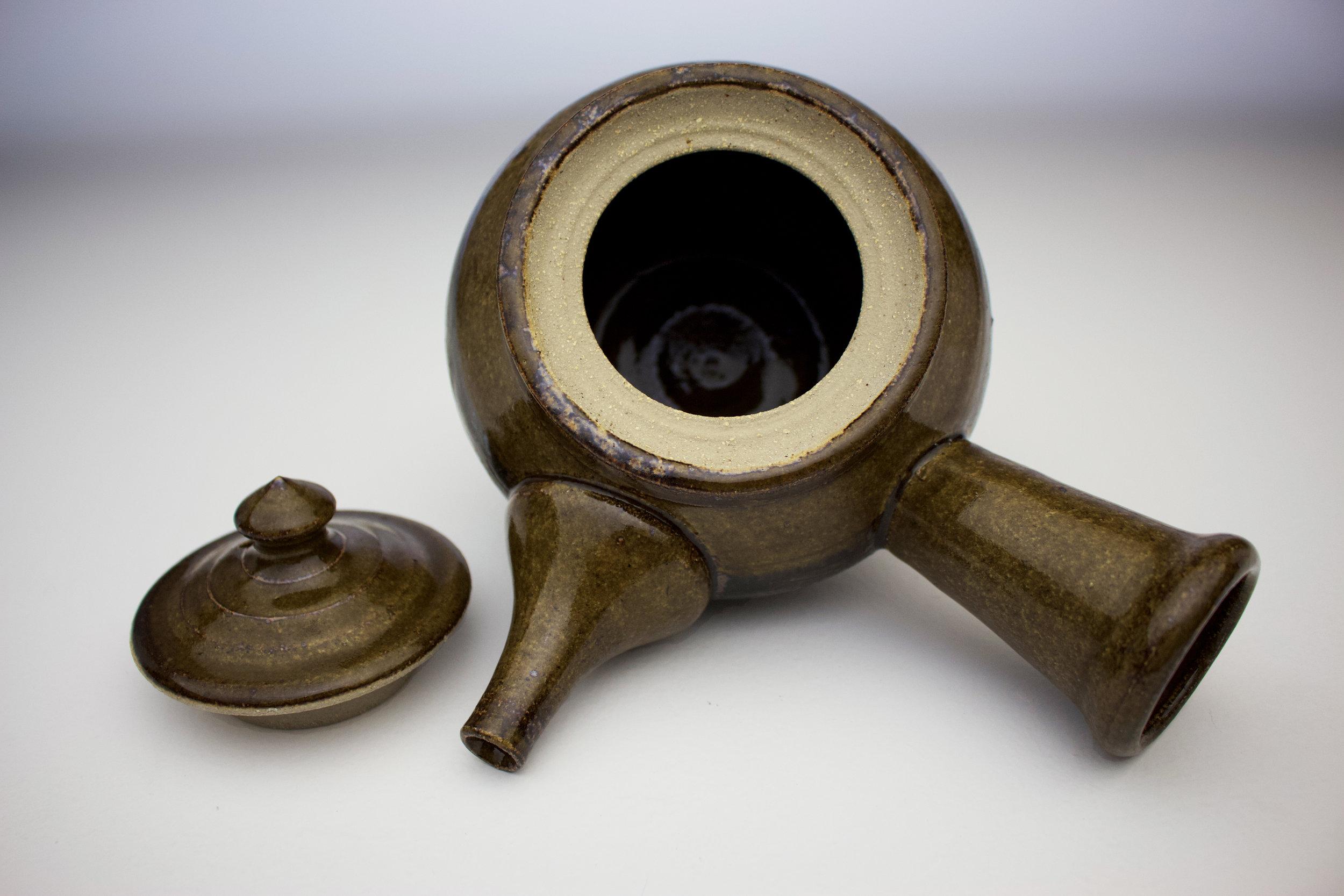 ame black fork design teapot 5.jpg