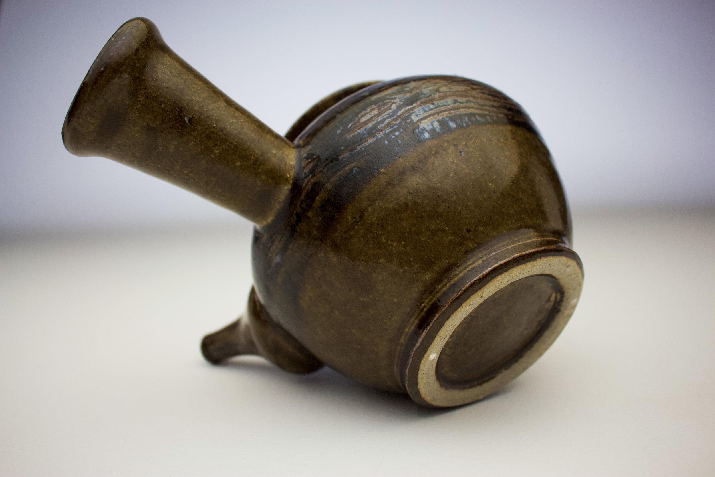 ame black fork design teapot 6.jpg