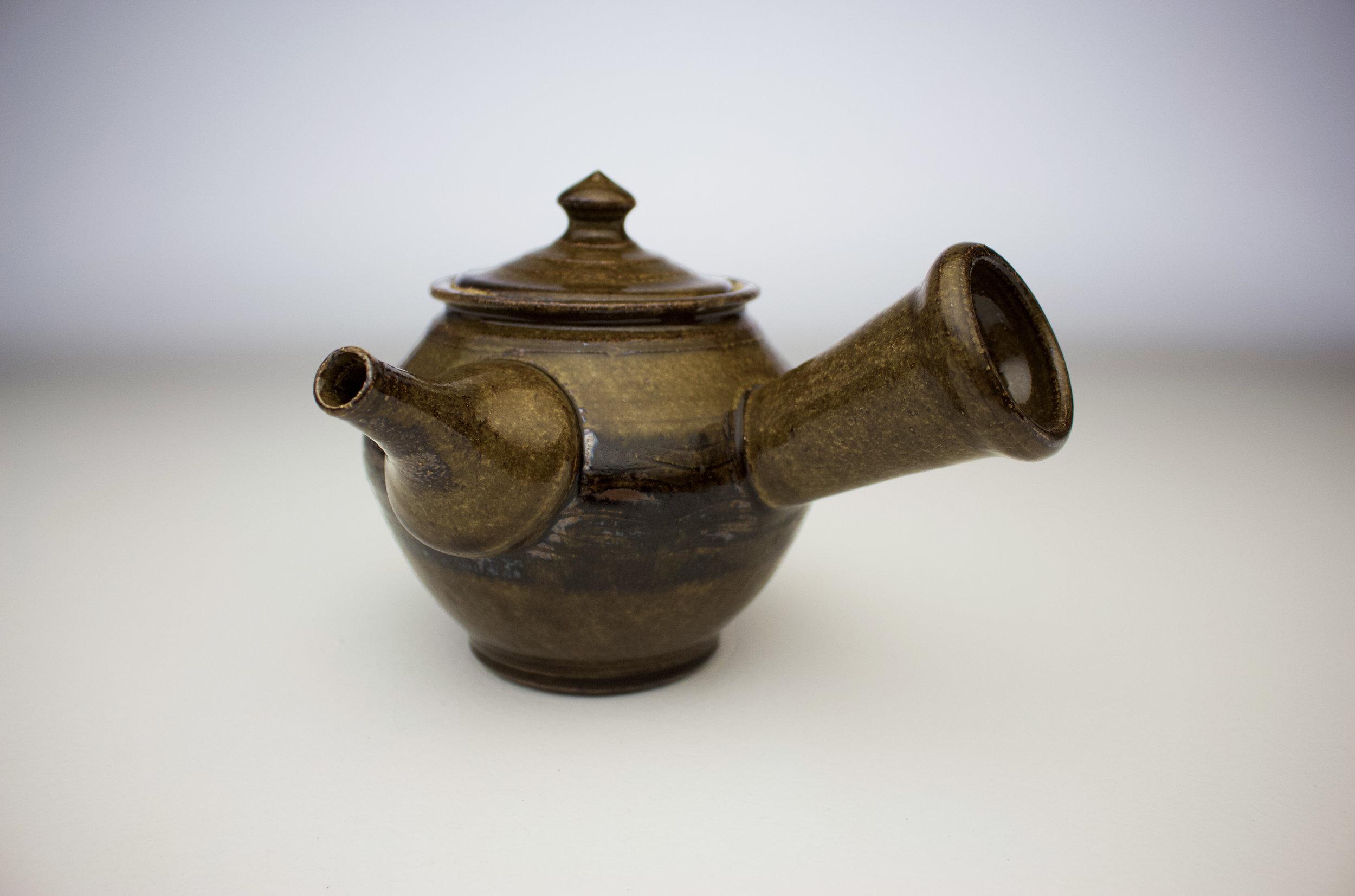 ame black fork design teapot.jpg