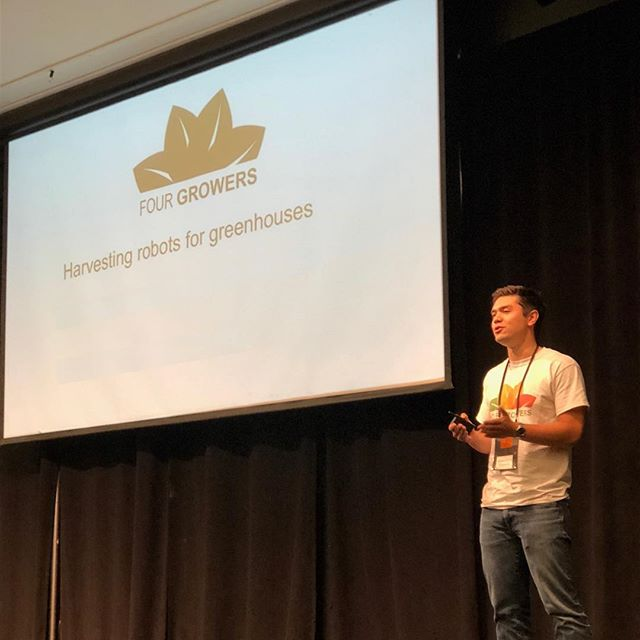 Brandon presenting at Demoday!