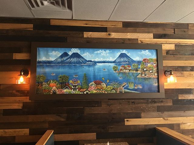 Hey everyone! We're open! Happy Monday, come see what it looks like! . . . . . . #eatlocal #smallbusiness #familyowned #guatemala #elsalvador #waltham #guatemalateco #foodie #art #paisaje #mitierra #moodyst #waltham #moodymile #guatemalan #salvadorian