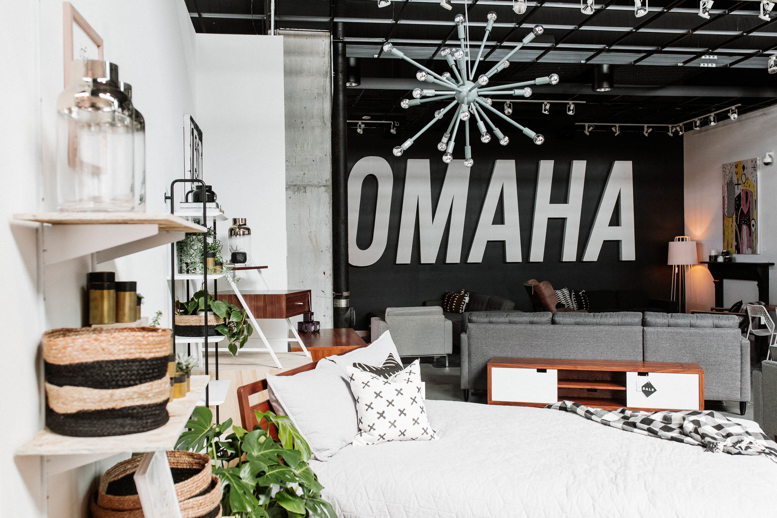 Omaha, NE - Hutch