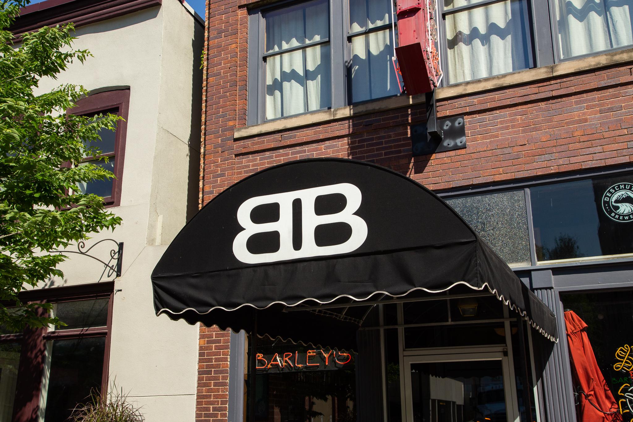 LR_MTRL DSGN_Barley's Bar_190617_0120.jpg