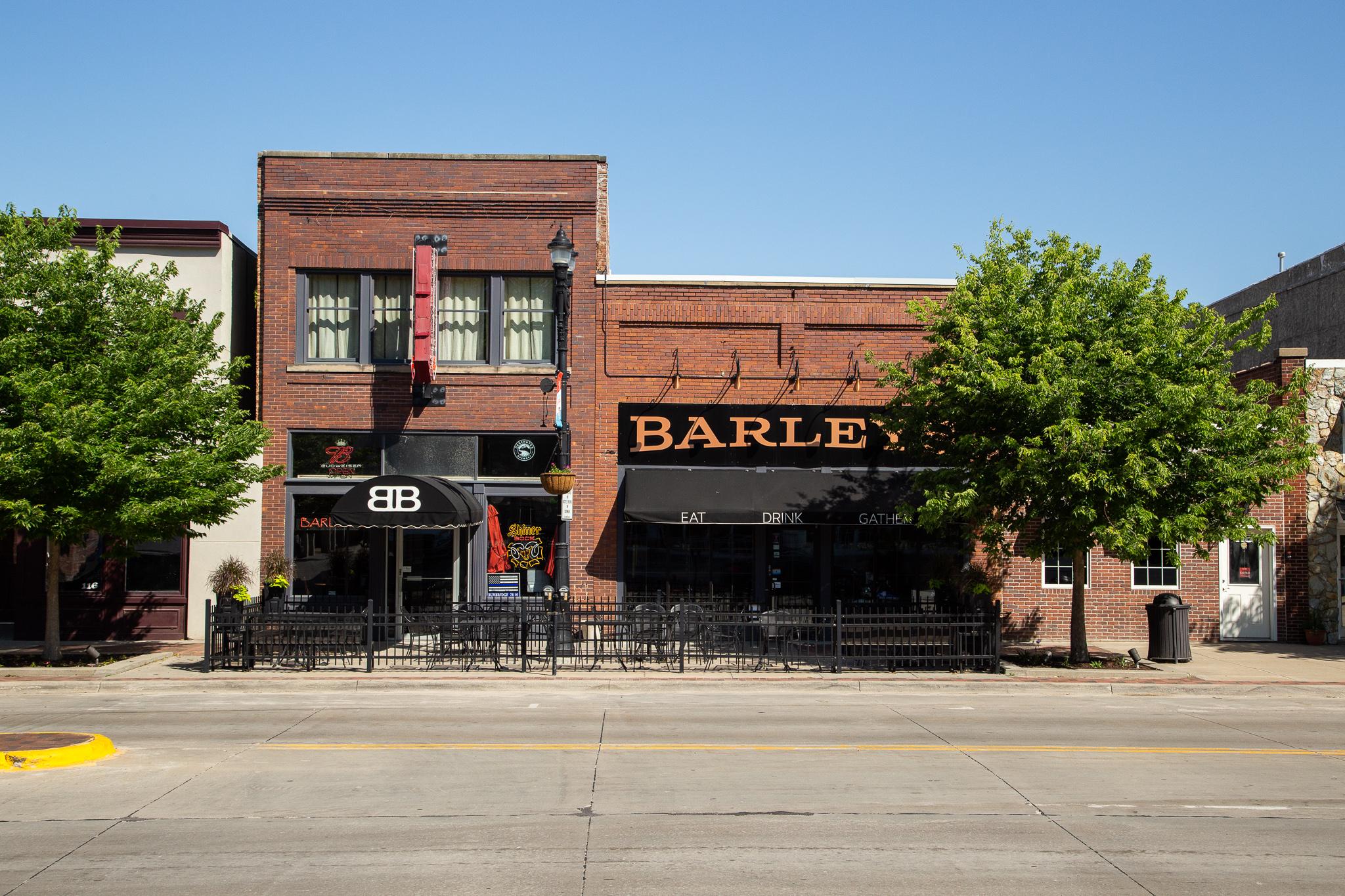 LR_MTRL DSGN_Barley's Bar_190617_0118.jpg
