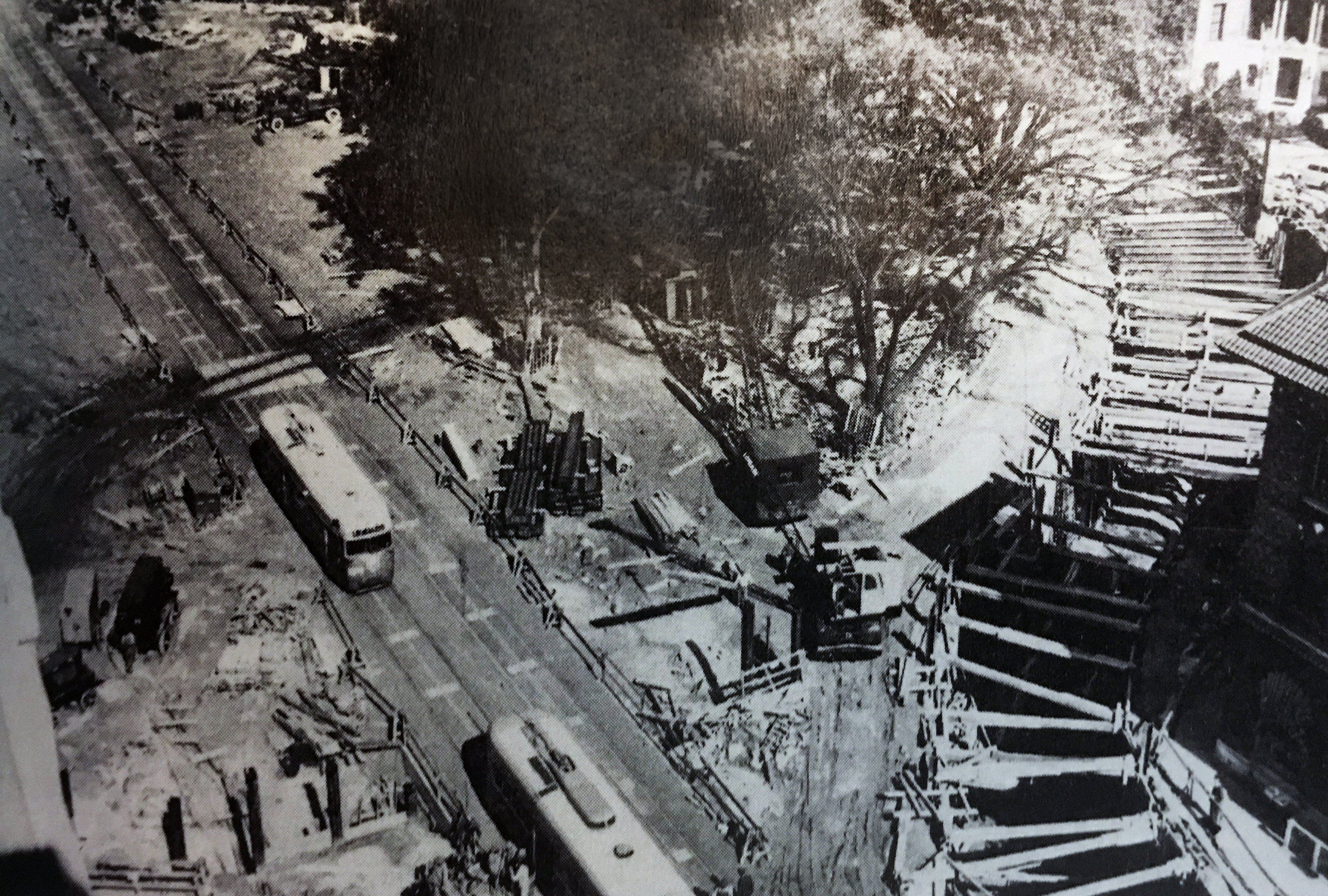 Cut and cover excavation continues on the Dupont Circle streetcar tunnel on November 15, 1948. Photo:   Washington Star   via MLK Library/Public Domain