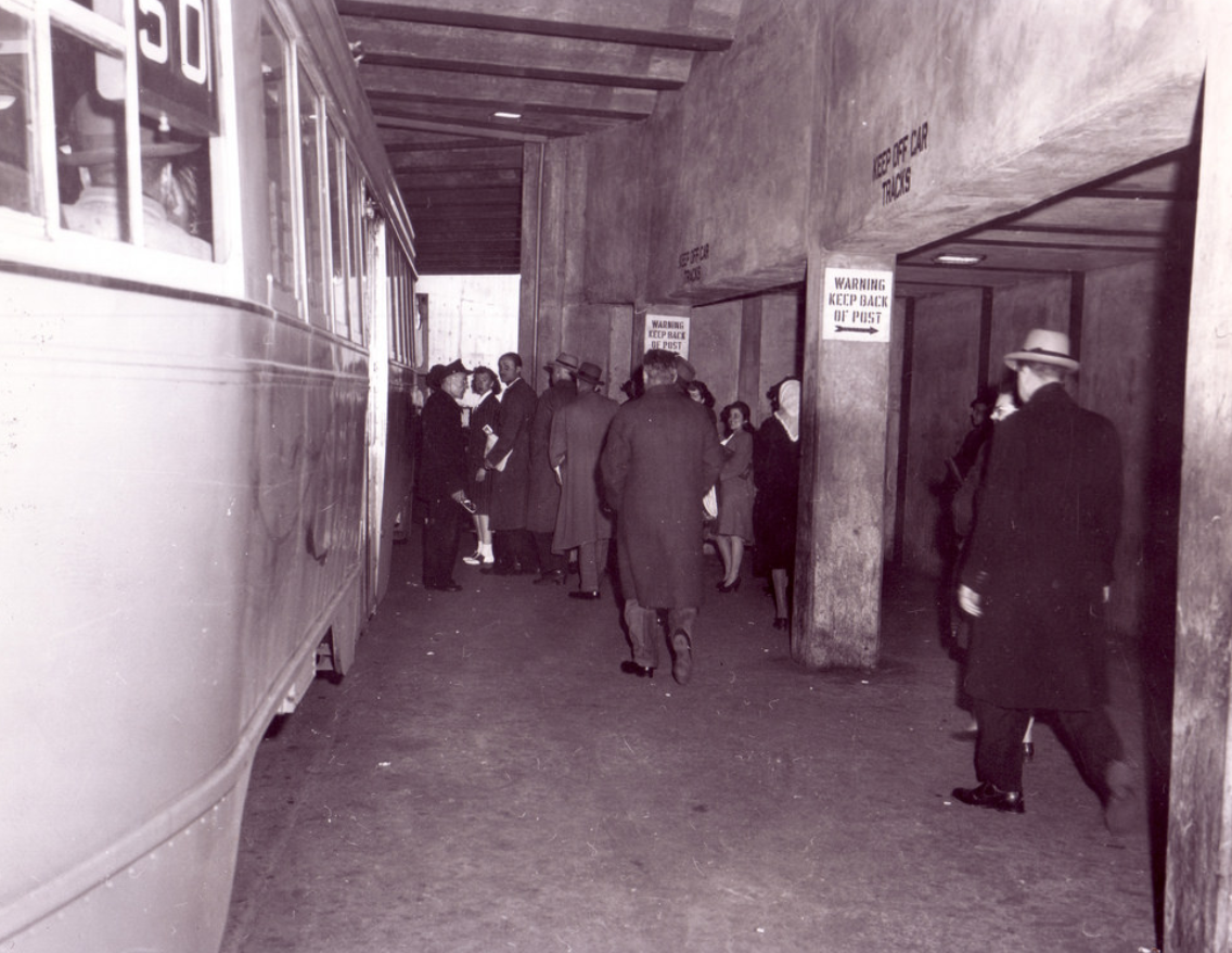 Passengers boarding the streetcar in the winter of 1945. Photo:   District Department of Transportation  /Public Domain