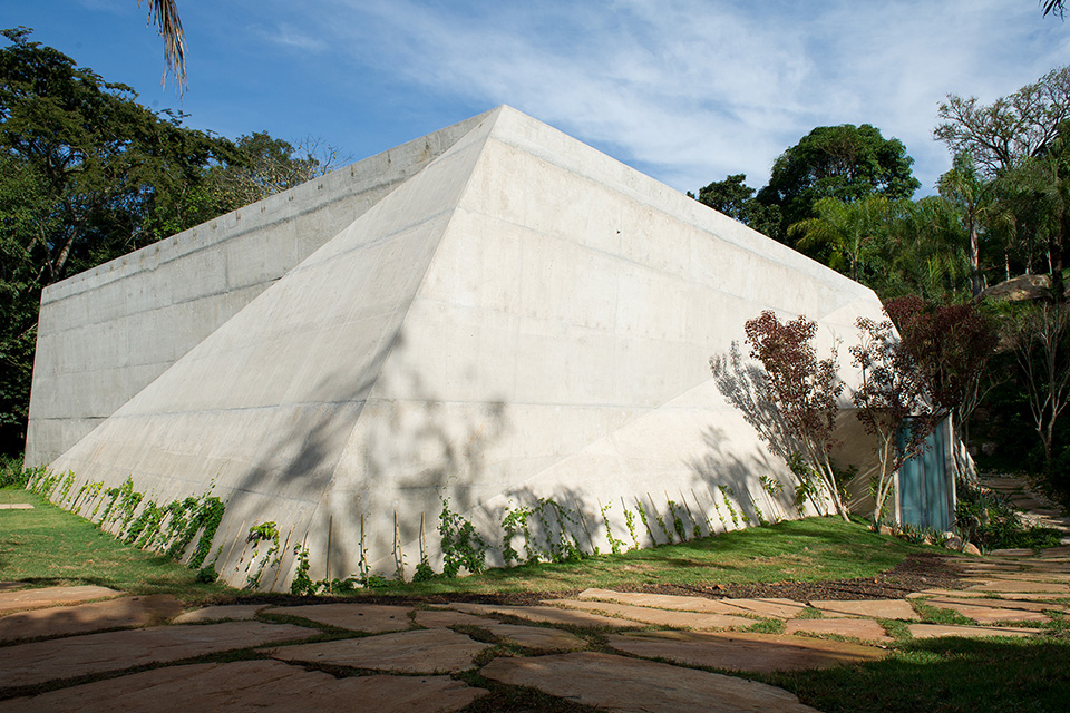 Pavilion at Institute for Contemporary Art Inhotim, Lygia Pape