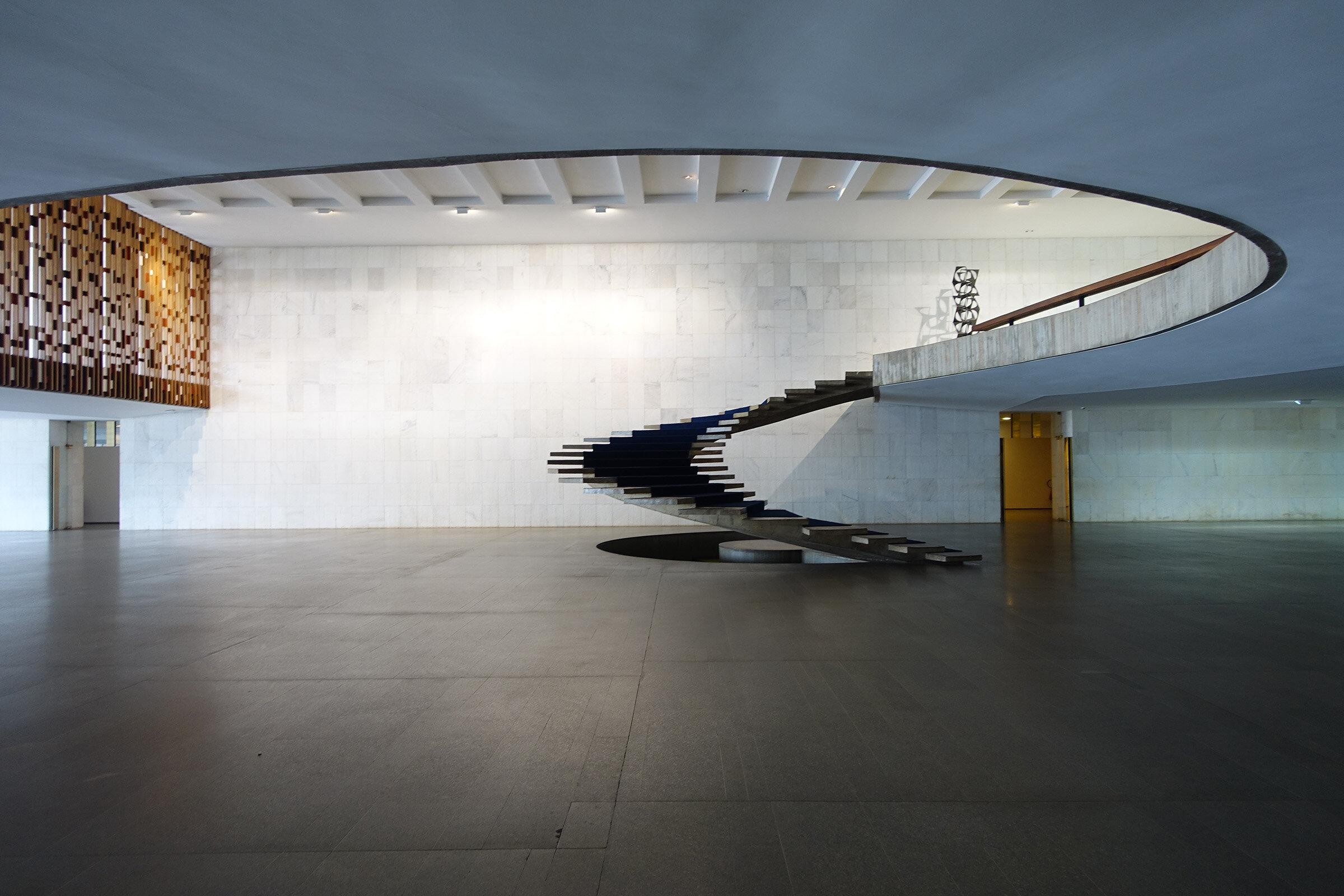 Freitreppe Itamaraty Oscar Niemeyer.jpg