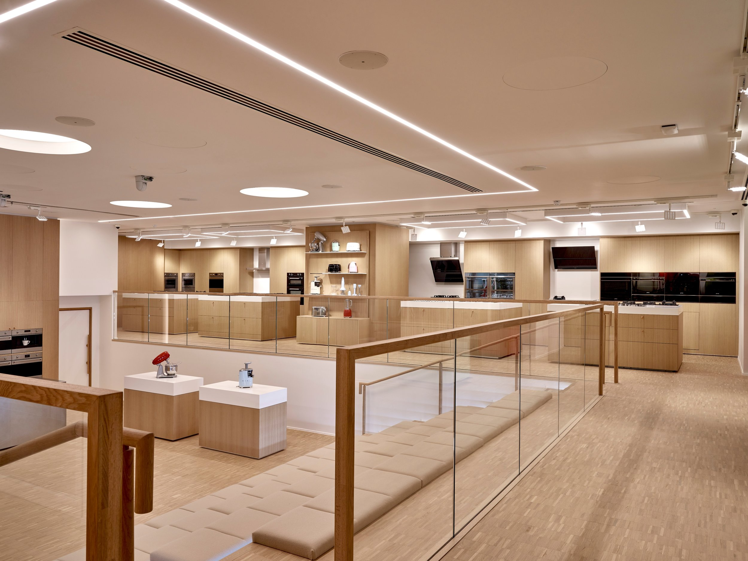 SMEG-store-full-interior.jpg