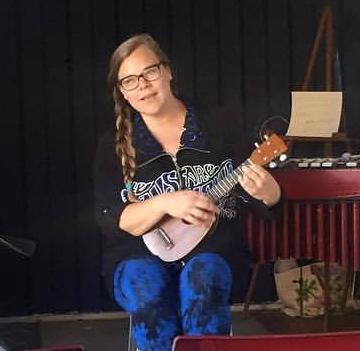 Glenda ukulele artship 2.png