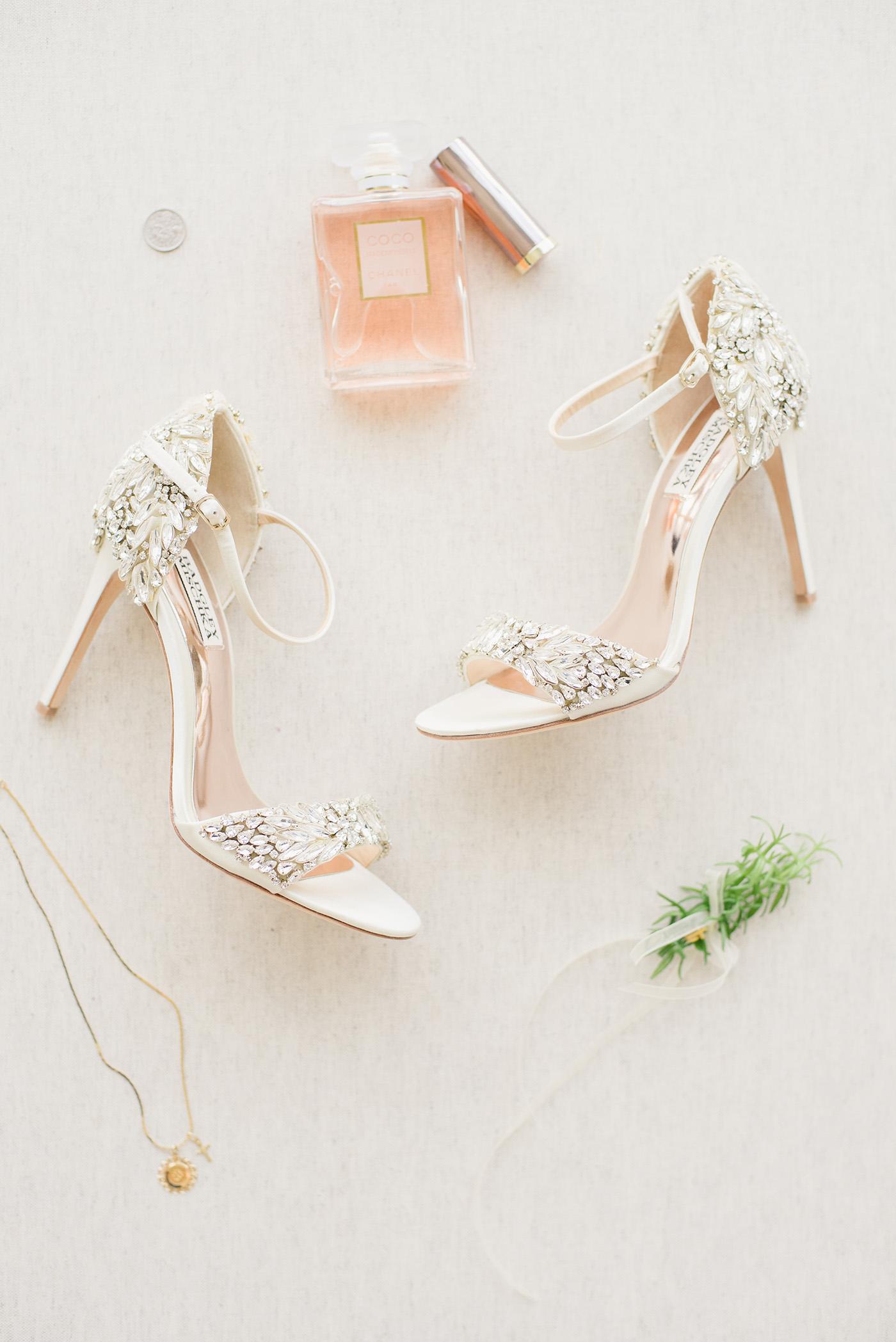 Dallas Wedding Planner - Winter Wedding at The Room on Main - Allday Events - 3.jpg