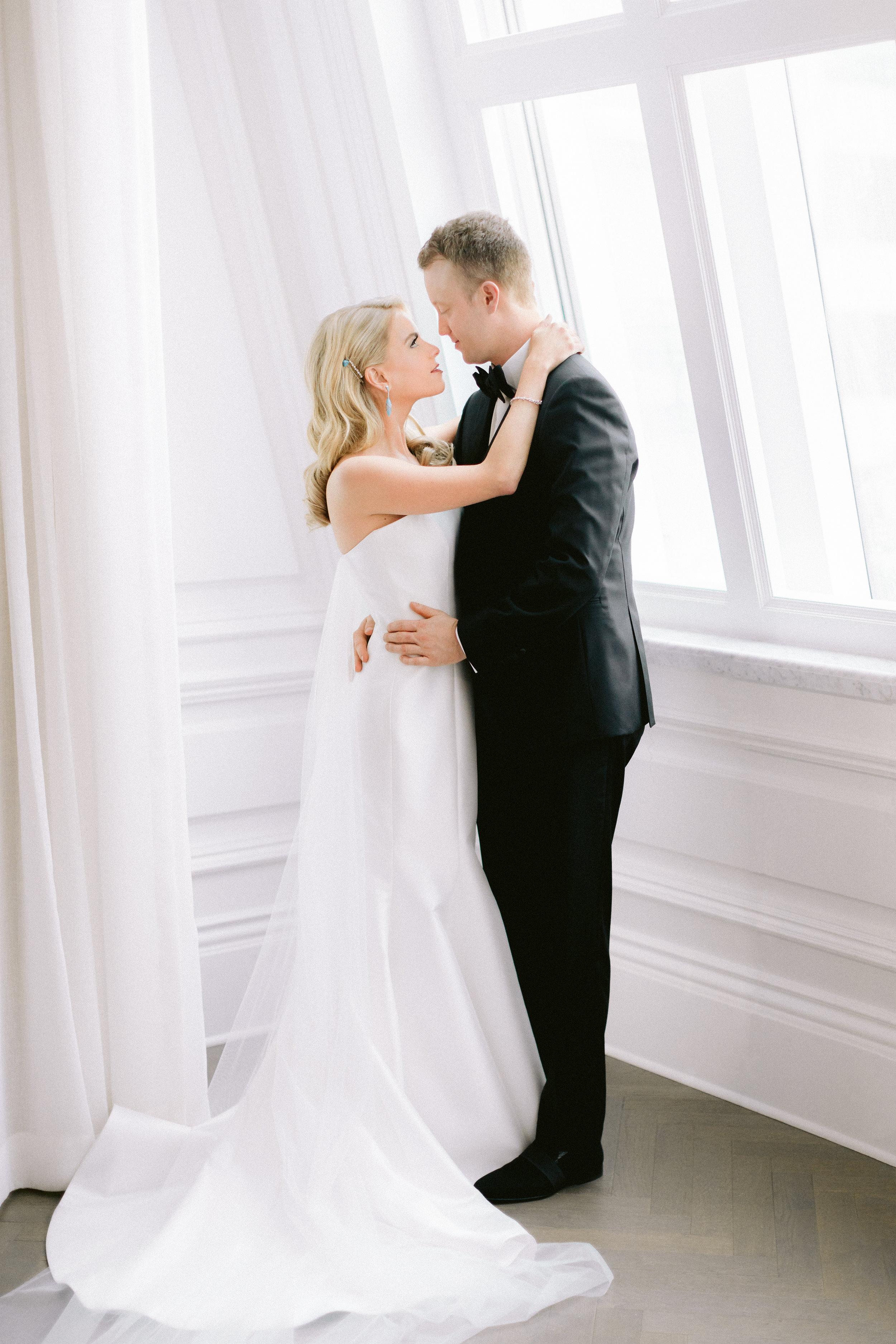 Getting Ready - Adolphus Wedding - Dallas Wedding Planner - Allday Events - 452.jpg