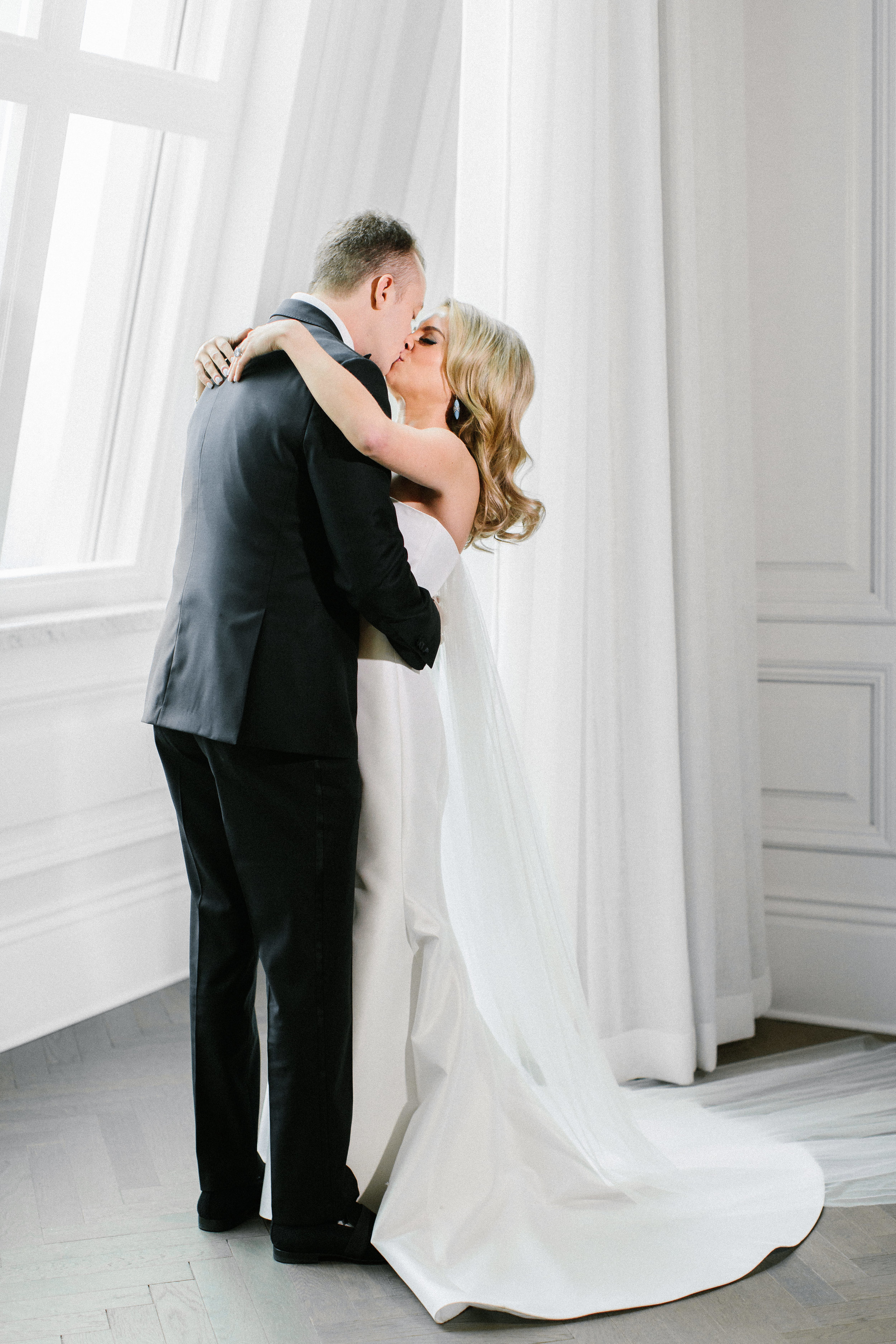 Portraits - Adolphus Wedding - Dallas Wedding Planner - Allday Events - 14.jpg