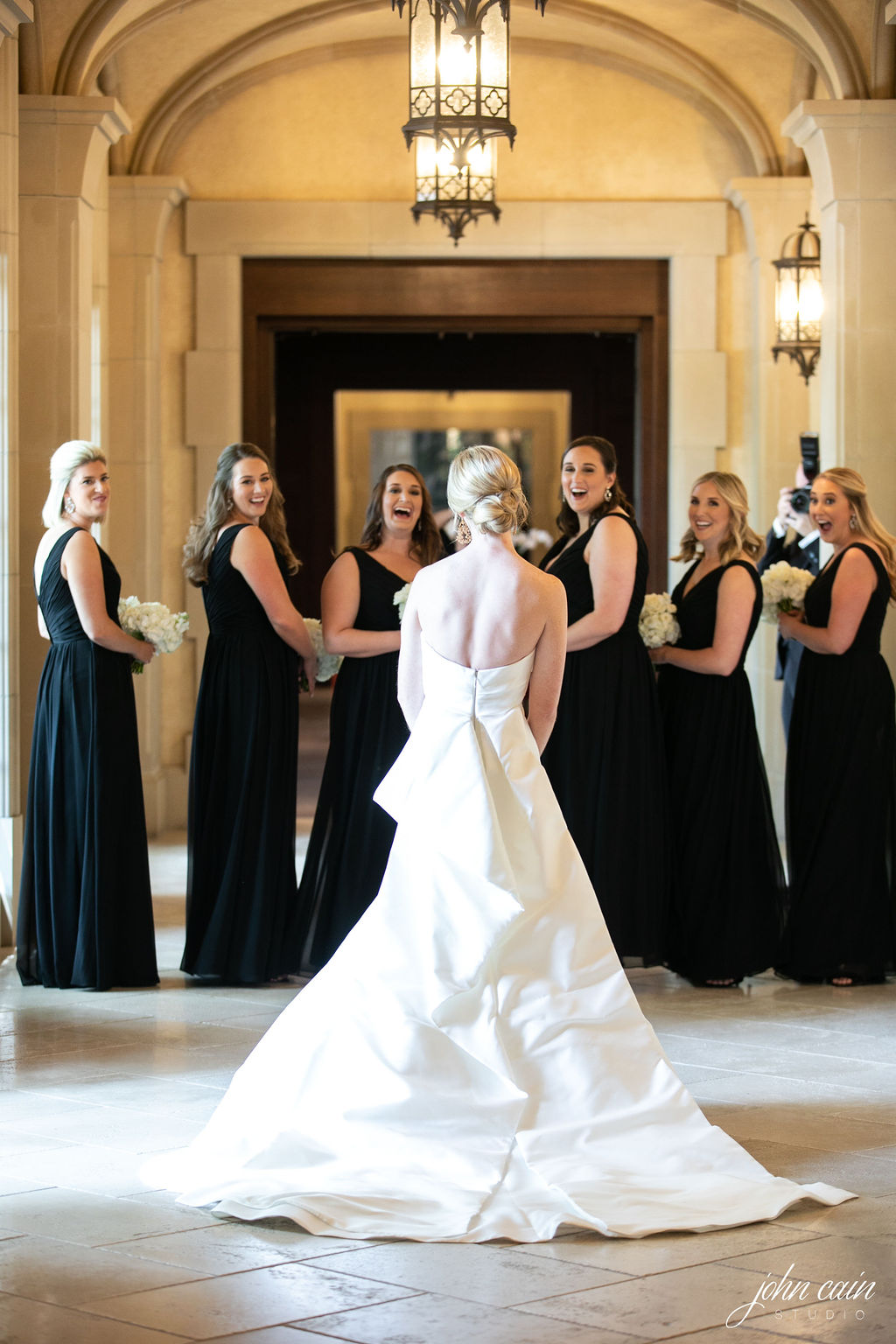 Dallas Country Club Wedding - Timeless Dallas Wedding - Wedding Planner in Dallas - Allday Events - Prep - 74.JPG