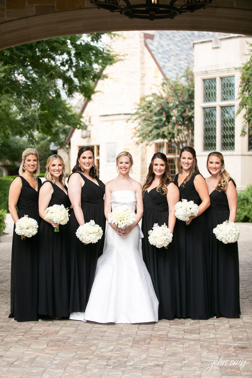 Dallas Country Club Wedding - Timeless Dallas Wedding - Wedding Planner in Dallas - Allday Events - PreCeremony Portraits - 18.JPG