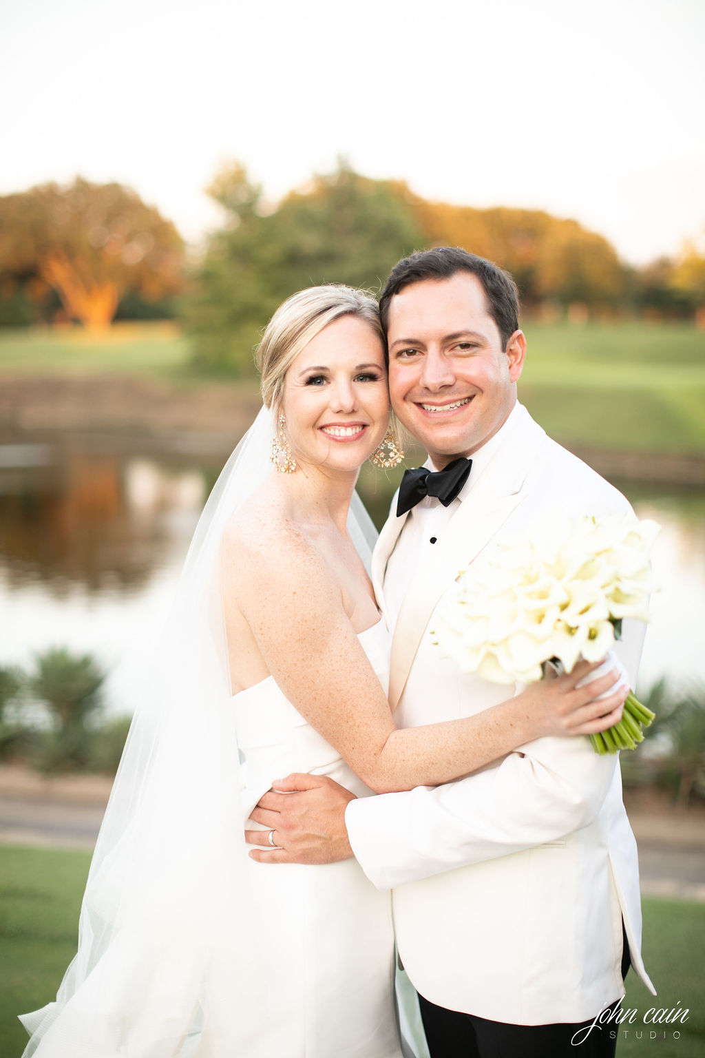 Dallas Country Club Wedding - Timeless Dallas Wedding - Wedding Planner in Dallas - Allday Events - Portraits - 103.JPG