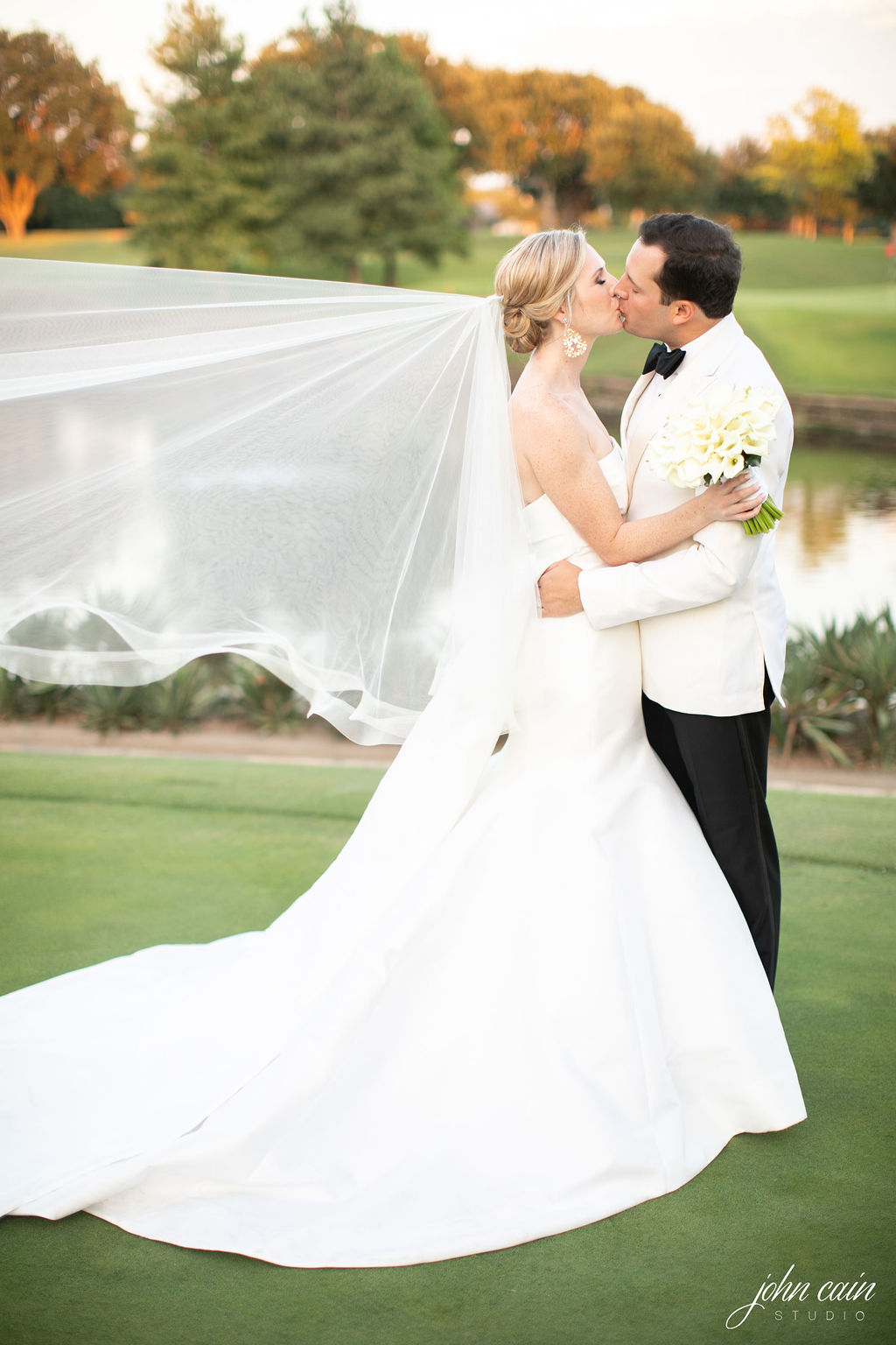 Dallas Country Club Wedding - Timeless Dallas Wedding - Wedding Planner in Dallas - Allday Events - Portraits - 108.JPG