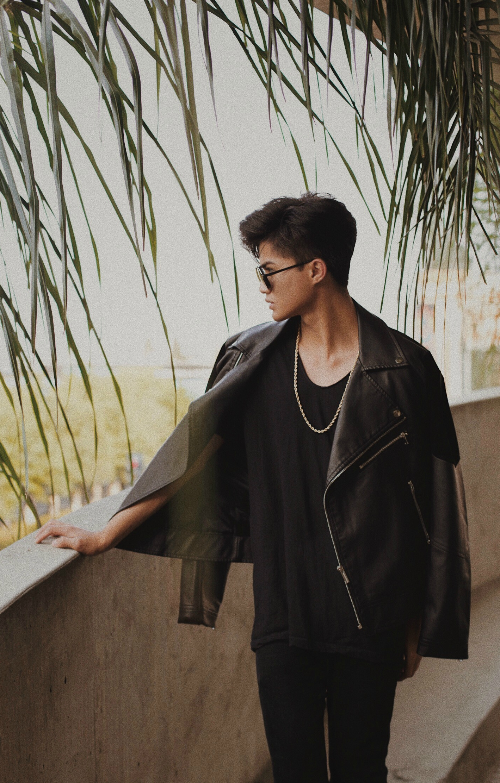 OUTFIT   Leather Jacket  - MANIERE DE VOIR - (Out Of Stock: similar jacket provided)   Black Skinny Jeans  - ASOS   V Neck Shirt  - ZARA   Gold Necklace  - ALDO  Steampunk Glasses - ALDO (Out Of Stock)  PHOTOGRAPHER:  @monicakphotos