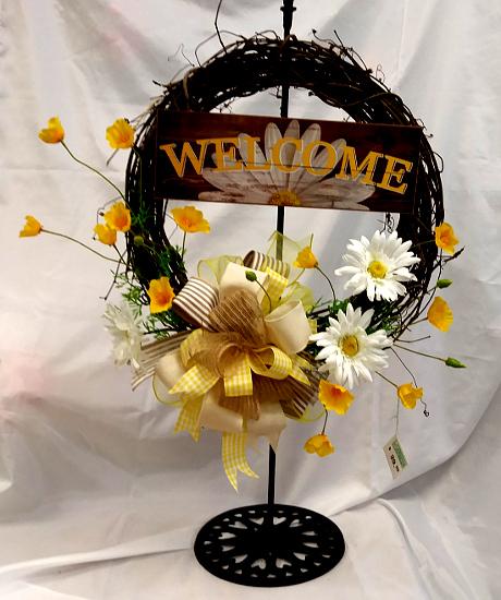 wreathwelcome yel.jpg