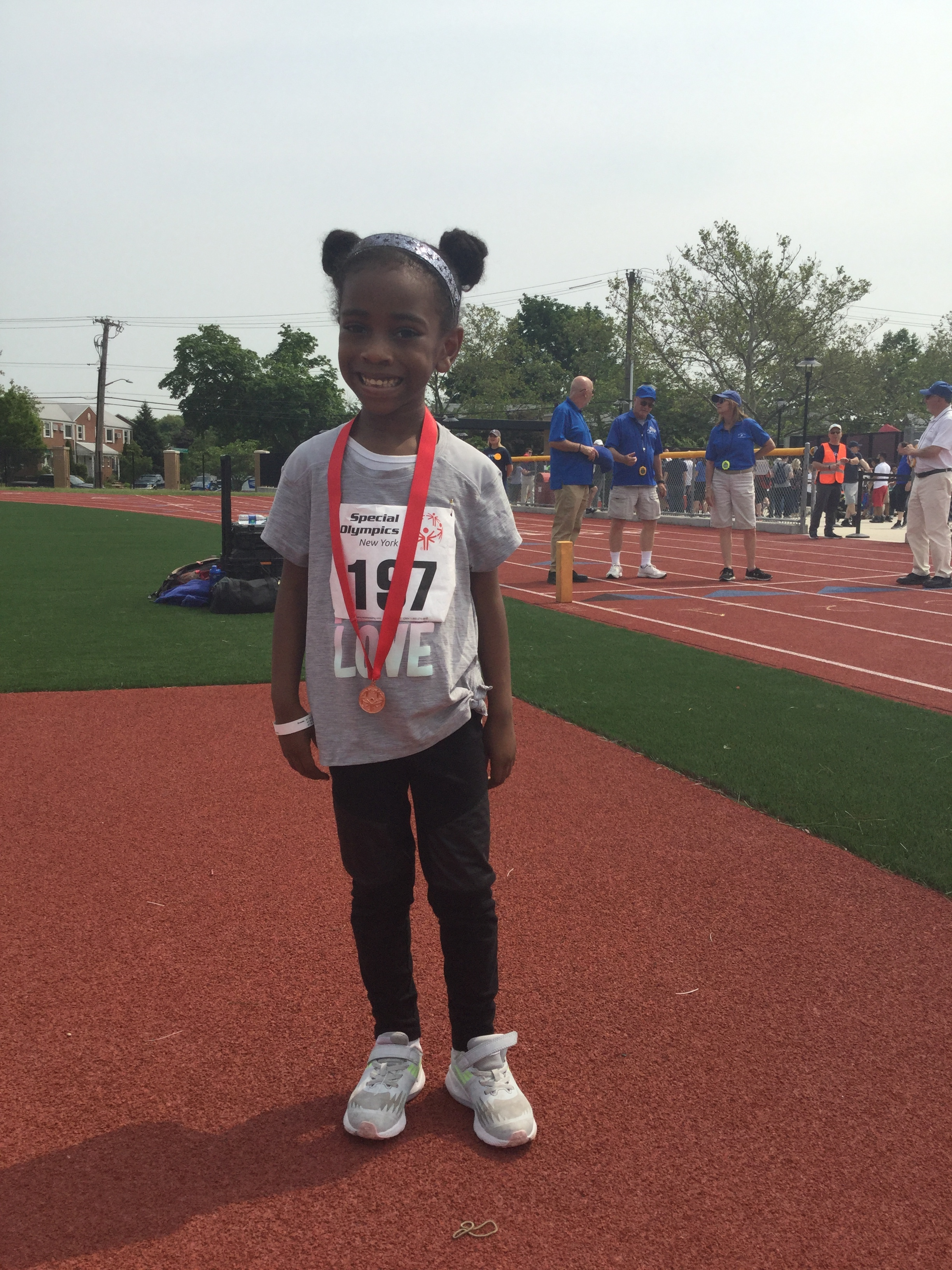 Alisa, one of our youngest athletes, placed third in the quickest division of the 50m and 100m dash against athletes nearly twice her age! Wow!