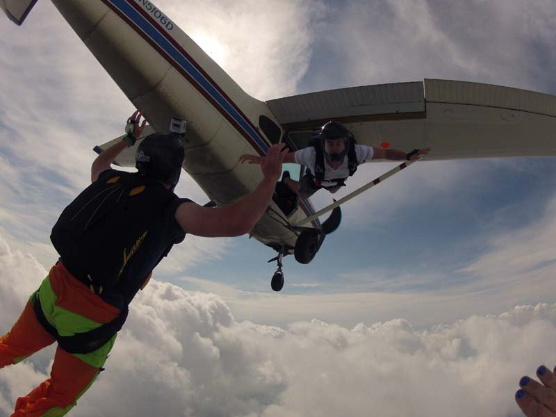 learn to skydive at maytown sport parachute club lancater pa