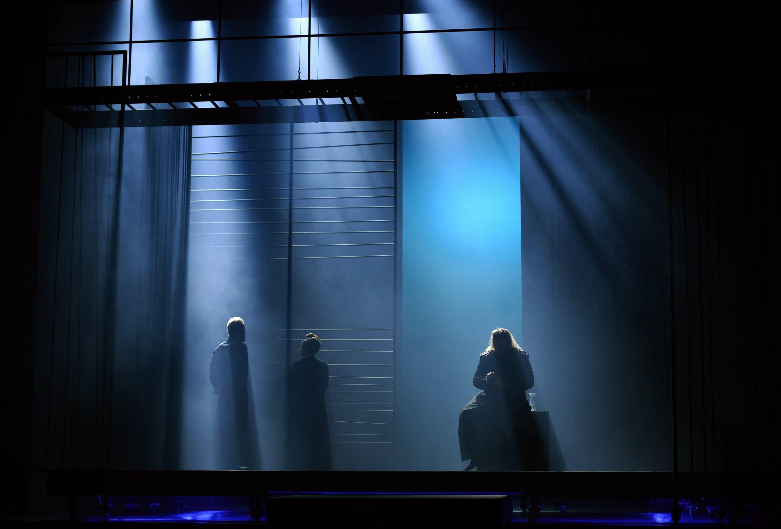 2018_Götterdämmerung_stage design_Oper Kiel_Photo Olaf Struck_3.jpg