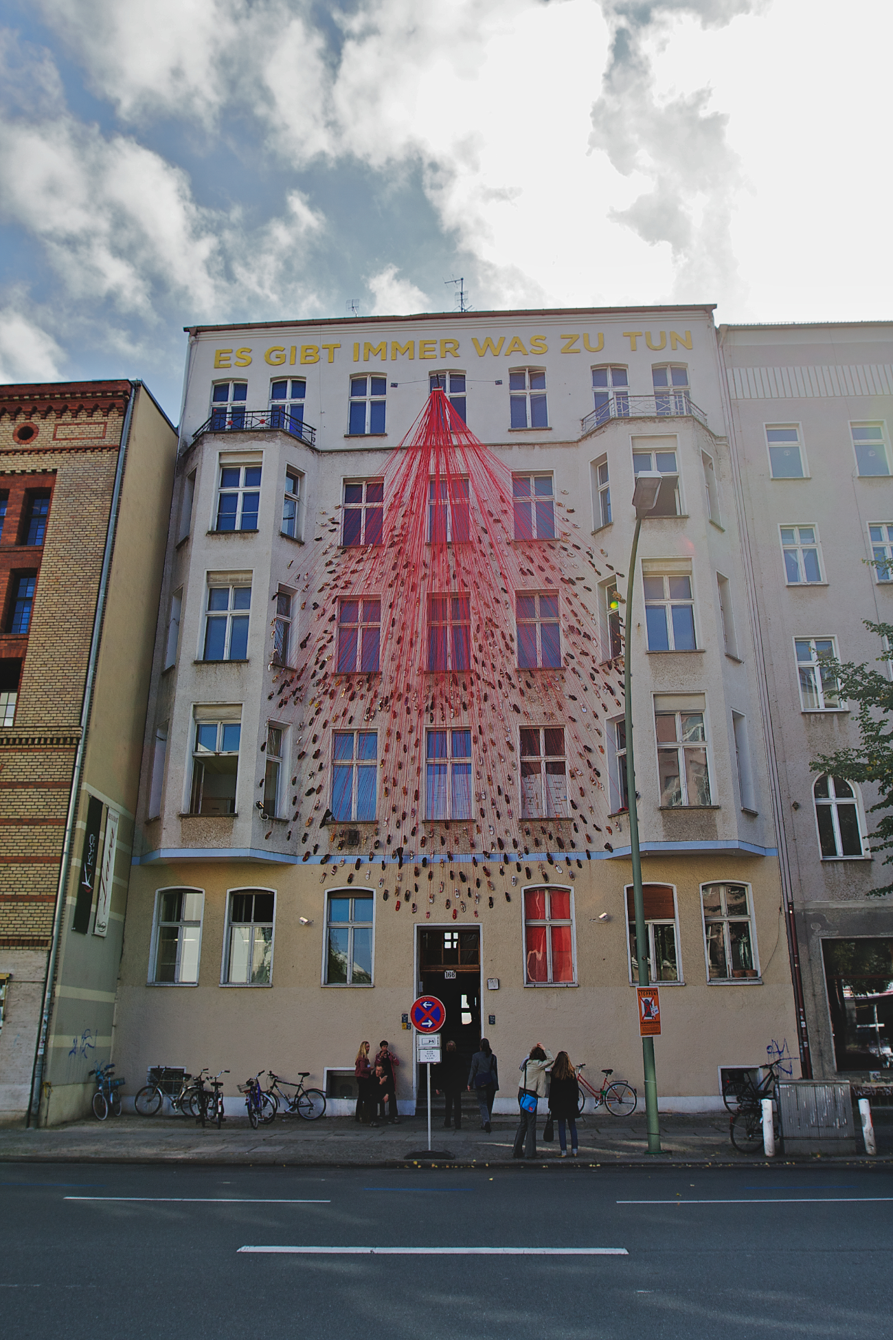 12008_Traces of Life_Torstrasse_Berlin_Photo Sunhi Mang_1.png