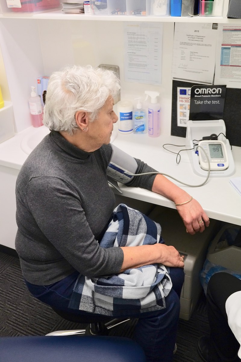 - Our qualified pharmacist is available to provide free blood pressure checks and liaise with your doctor if required.It involves a pressure cuff being placed around your upper arm to monitor both diastolic and systolic blood pressure.