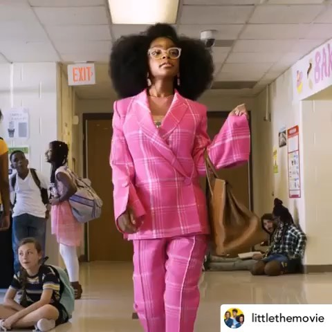 Walking into the weekend like 💃🏽 - At just 14, Marsai Martin, star of ABC's hit show Black-ish, is making serious movies as Hollywoods youngest executive producer EVER on her new movie Little co-starring Issa Rae and Regina Hall 👏🏽 Now how's that for some Friday motivation?! 🔥Keep shining, @marsaimartin! - Btw, our showcase tickets are on sale NOW!! Link in the bio - early bird closes in just 4 days! 👀