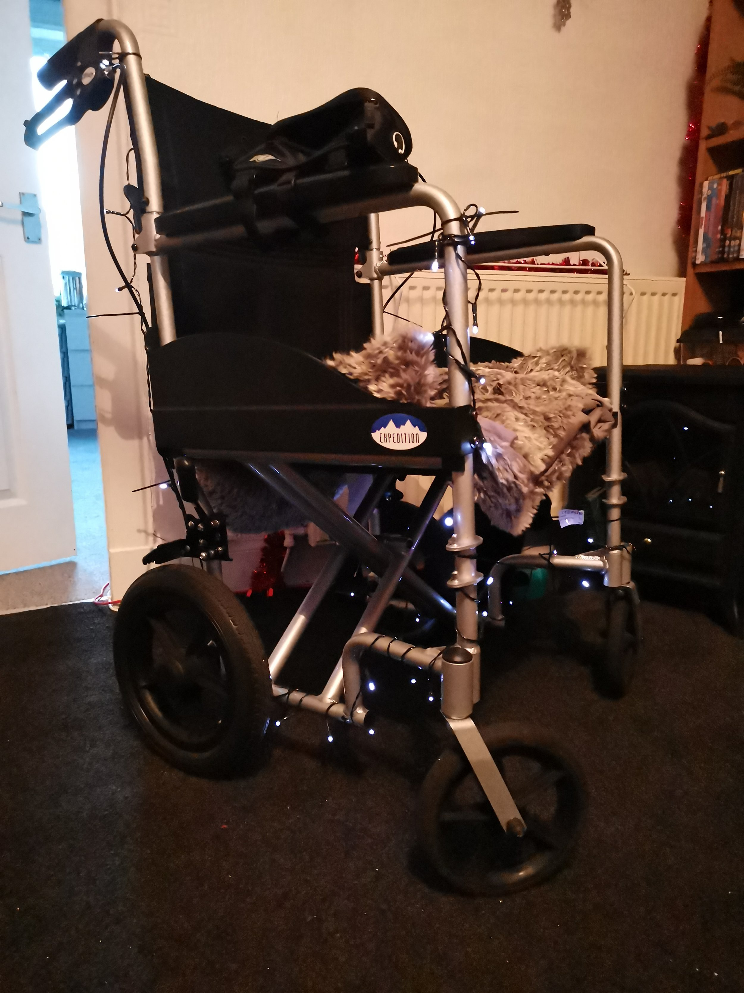 Drive Expedition HD Transit Chair.JPG