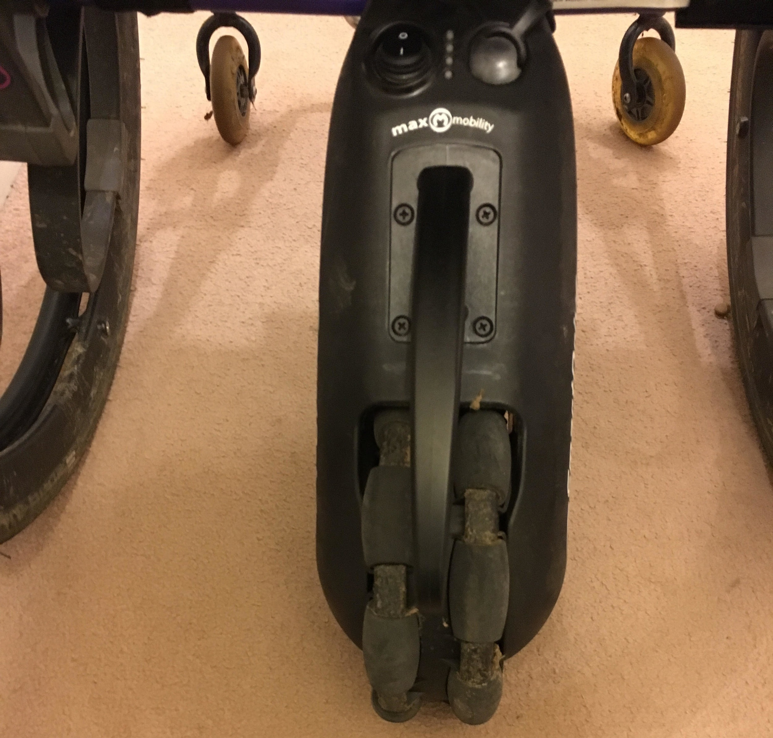 RGK Maxlite Manual Wheelchair 2.jpg