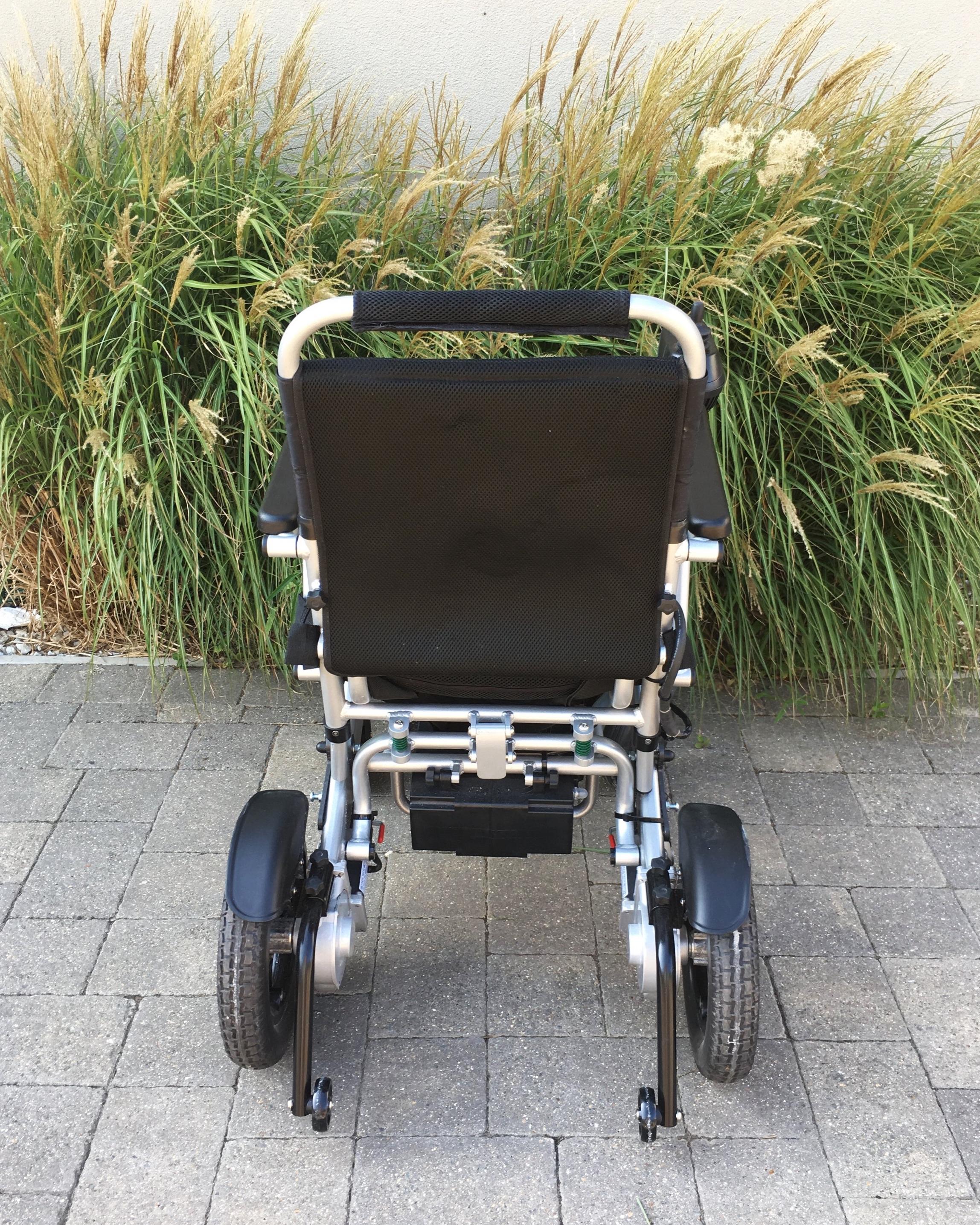 Lith-Tech+Smart+Chair+2+3.jpg