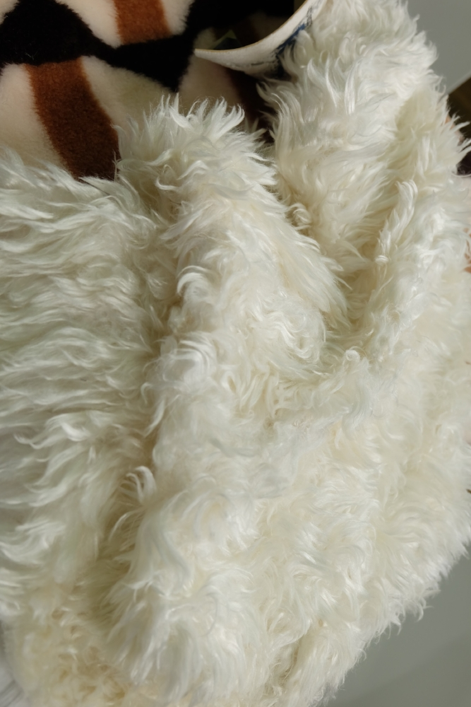 - Right from the lab : this woolly and warm fur is made from recycled plastics.
