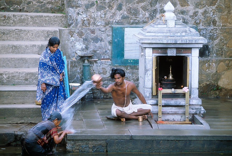900.055.Priest Anointing, Tala Cauvery.jpg