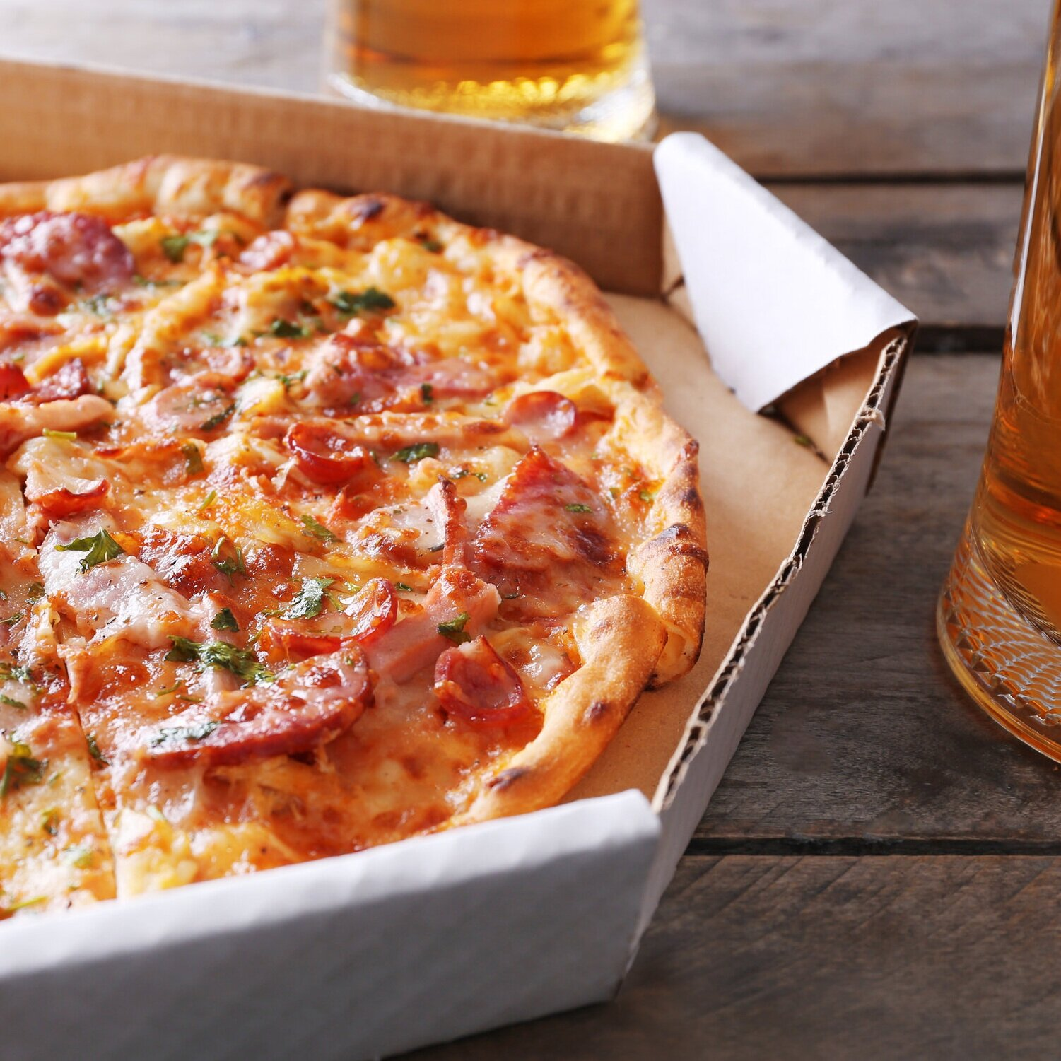 College Pizzas only £5 - When College Pizza service is running