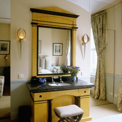 Bedroom suite with sliding mirror doors