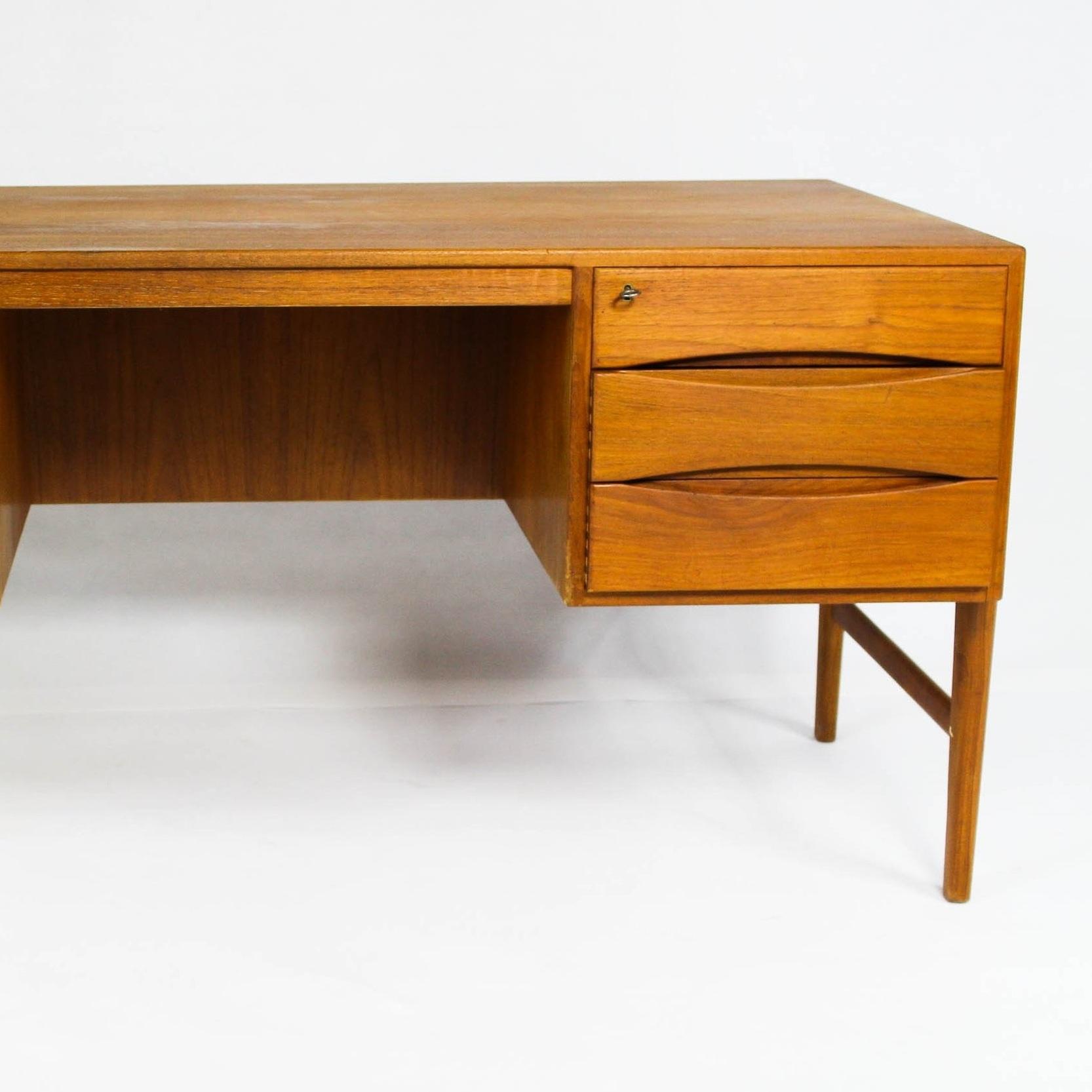 IDH furniture