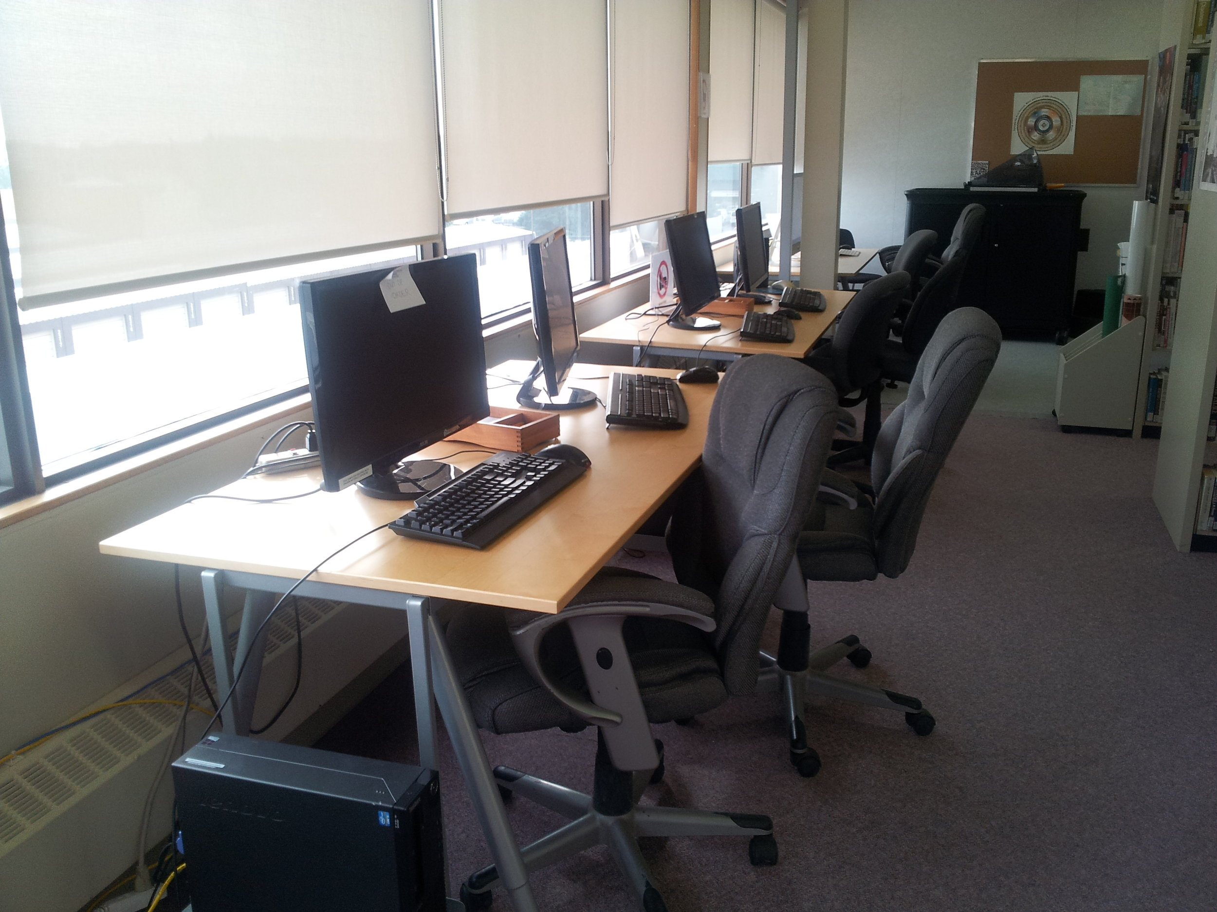 The computer area has 2 PCs and 2 Macs, which patrons are free to use. Due to the student body being comprised of First Nations students where many of them are also mature students, there is a strong emphasis on providing them with technology skills that they can apply to modern day life being mainly Microsoft Office Suite and social media.