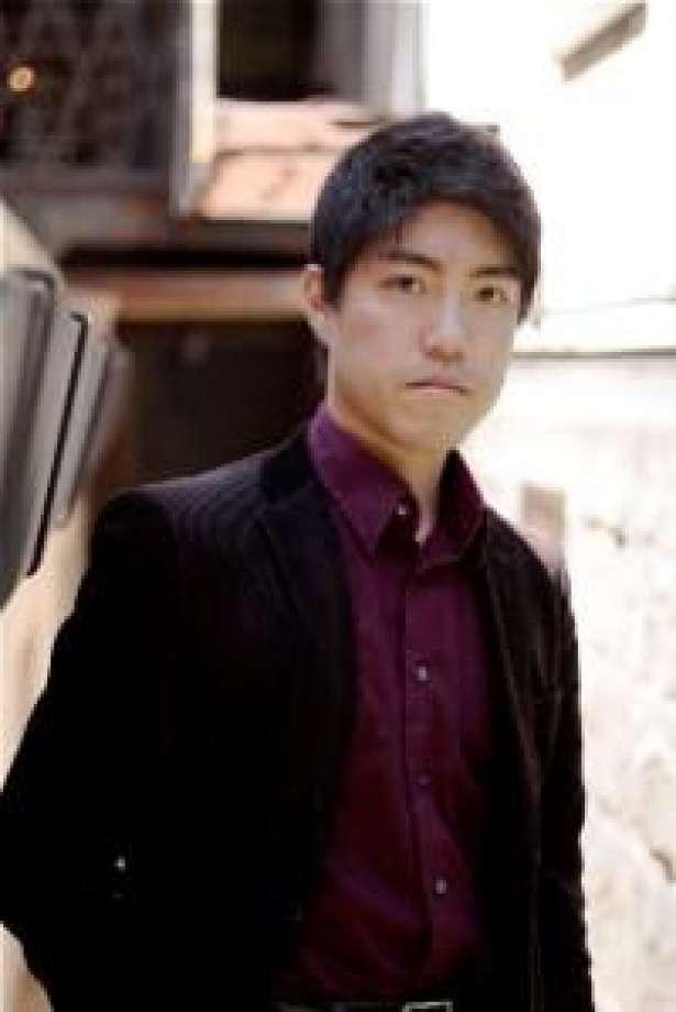 Ryo Yanagitani, piano