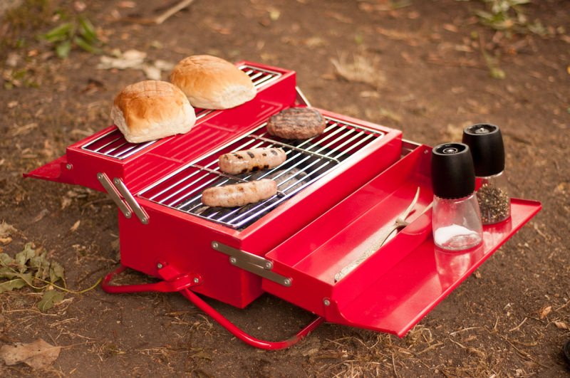 Suck-UK-BBQ-Toolbox_3.jpg