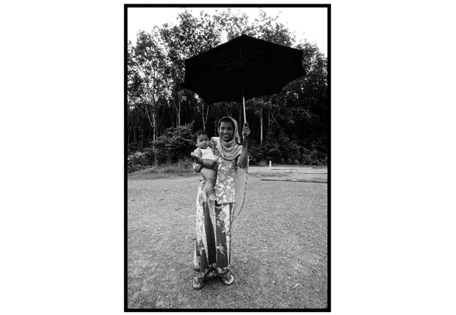 Untitled, from 'Panguai',  gelatin silver print © 1993 Gusmano Cesaretti  Ref: Panguai8   ALL IMAGES AVAILABLE FOR SALE Please    email us    with the specific Ref # for quote.