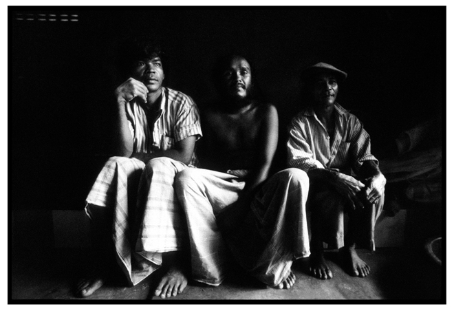 Untitled, from 'Panguai',  gelatin silver print © 1993 Gusmano Cesaretti  Ref: Panguai9   ALL IMAGES AVAILABLE FOR SALE Please    email us    with the specific Ref # for quote.