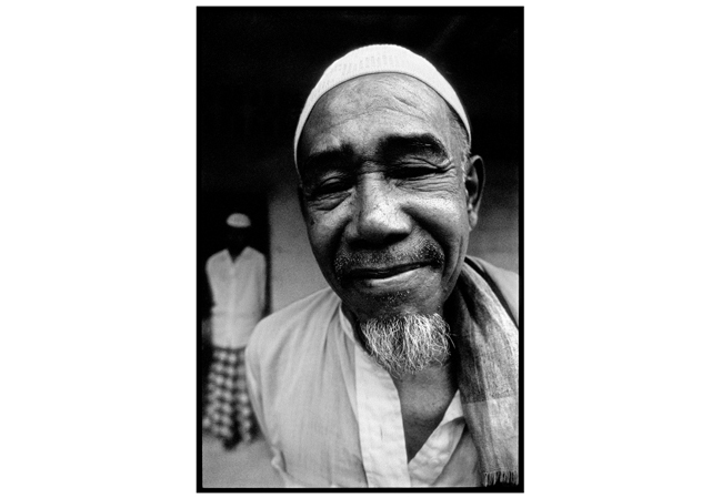 Untitled, from 'Panguai',  gelatin silver print © 1993 Gusmano Cesaretti  Ref: Panguai10   ALL IMAGES AVAILABLE FOR SALE Please    email us    with the specific Ref # for quote.